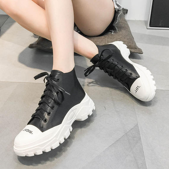 European station women's shoes 2018 autumn new leather high shoes female Korean version of the wild student sports shoes single shoes