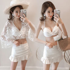 Split swimsuit female three-piece hot spring small fragrance lace super fairy small chest gathered sexy bikini 2019