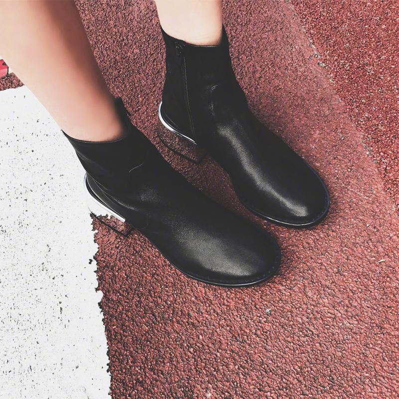 2018秋季新款小番茄同款短靴粗跟高跟鞋韩版侧拉链切尔西裸靴女潮
