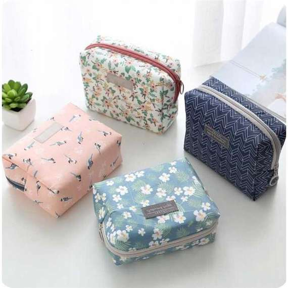 Travel portable wash bag waterproof cosmetic bag female aunt towel skin care product storage bag purse