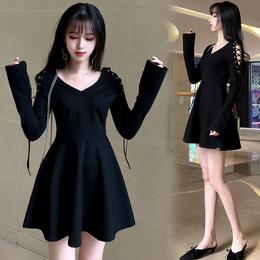 2018春季新款显瘦肩部系带V领小黑裙长袖A字裙连衣裙冷淡风连衣裙