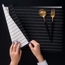黑白条纹餐垫 北欧家用长方形PVC西餐隔热垫 防水防油隔热餐桌布