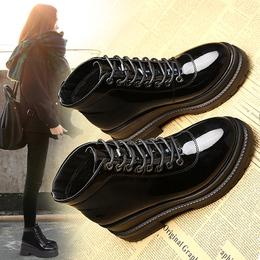 2018新款马丁靴女厚底靴子松糕鞋高跟坡跟英伦风秋冬网红漆皮短靴
