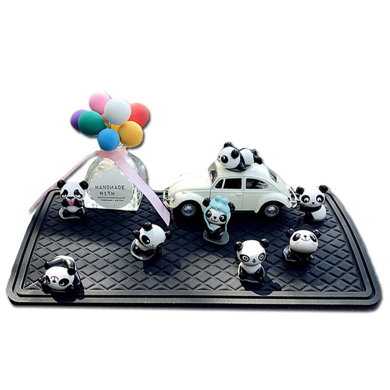 车内可爱汽车摆件 车载中控台卡通装饰用品 新车迷你小熊猫摆设女