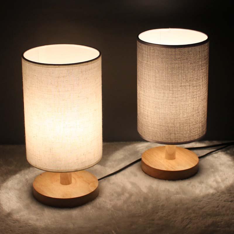 简约现代北欧温馨喂奶台灯 卧室床头灯  实木可调光 创意小夜灯