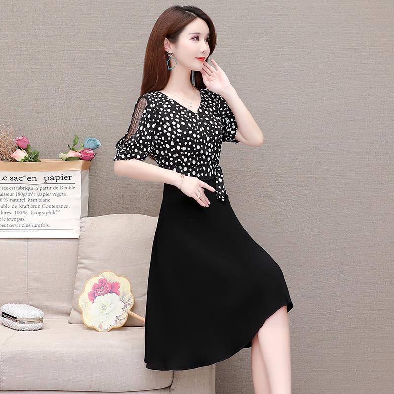 中年女夏装2019新款年轻短袖时尚显瘦冰丝连衣裙妈妈夏季40-50岁