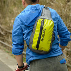 [Self-operation] Naturehike moving off shoulder bag men and women Japan and South Korea fashion sports outdoor waterproof