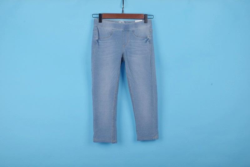美国超市牌子 仿牛仔 七分裤 32美元 250g