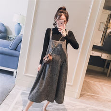 Maternity wear 2018 autumn new Korean version of the houndstooth sweet loose fashion pregnant women hot mom long paragraph dress