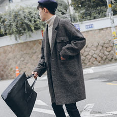 Winter British style retro plaid off shoulder woolen coat men's long section Korean youth loose woolen coat tide