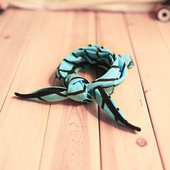 【韩国直送】D.C儿童蓝条方巾三角巾婴儿口水巾宝宝围巾包头巾