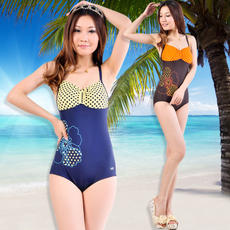 Clearance Yingfa authentic ladies Siamese small boxer fashion casual warm swimsuit chest pad not removable Y1275