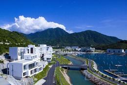 深圳七星湾游艇会酒店豪华海景大床房