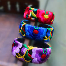 National style fabric bracelet wholesale Yunnan tourism souvenir original retro embroidery female bracelet wholesale