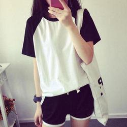 2015夏季新款休闲时尚黑白拼接休圆领短袖修身T恤+短裤女运动套装