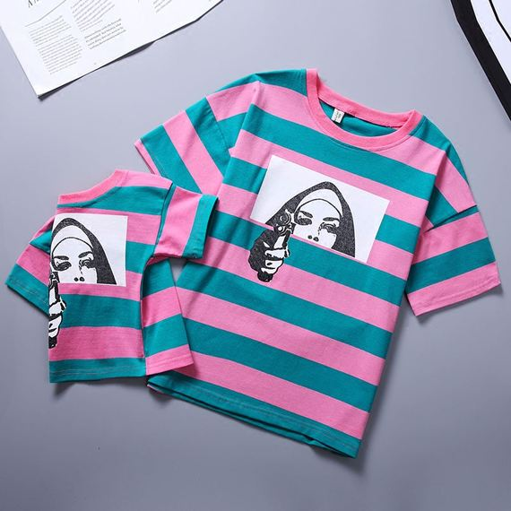 Parent-child summer dress 2018 new striped short-sleeved T-shirt family three-piece mother and daughter family home Korean version