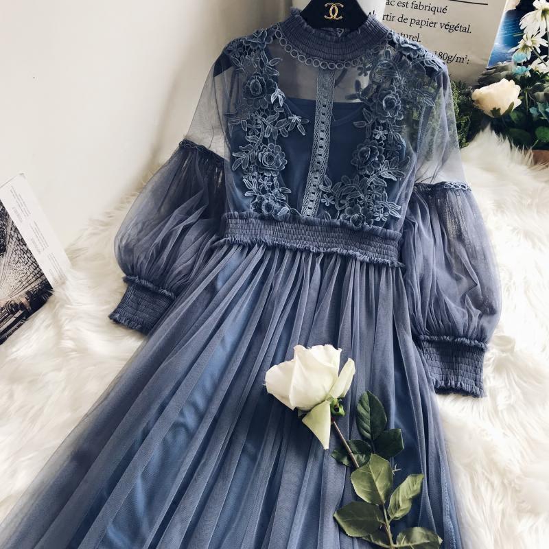 镂空蕾丝立体花朵梦幻网纱气质立领灯笼袖高腰两件套仙女连衣裙女