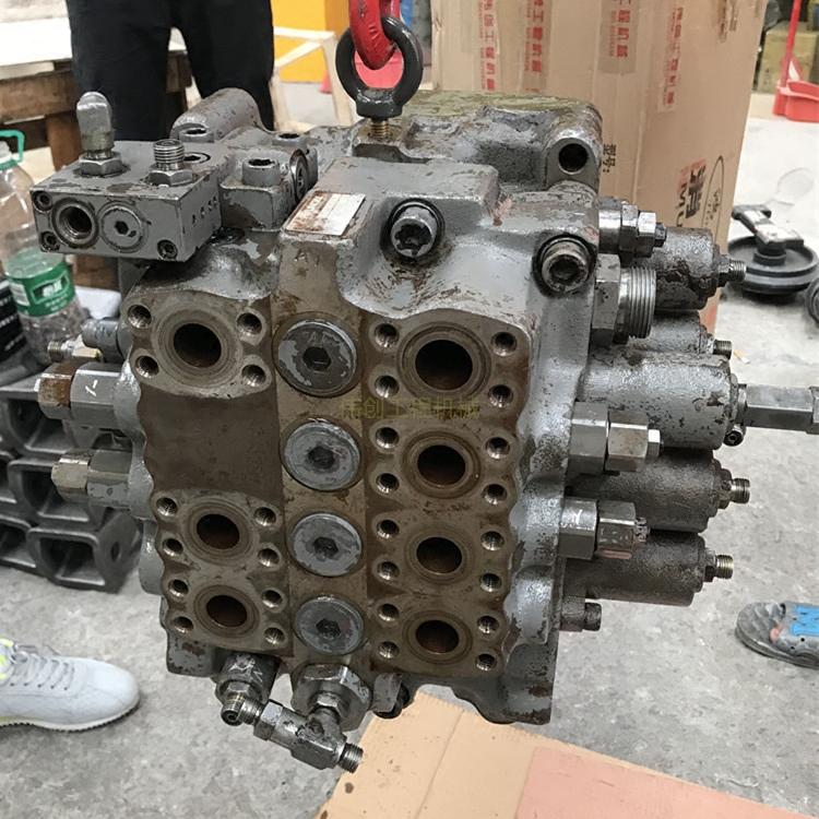挖掘机配件现代215-7/220-5/225-7分配阀多路阀分配器主控阀总成图片