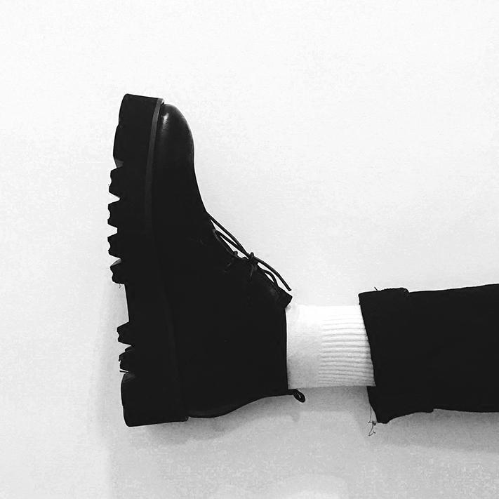 【帽子先森】秋冬大作增高4cm的皮靴 厚底简约黑色系带牛皮男靴子