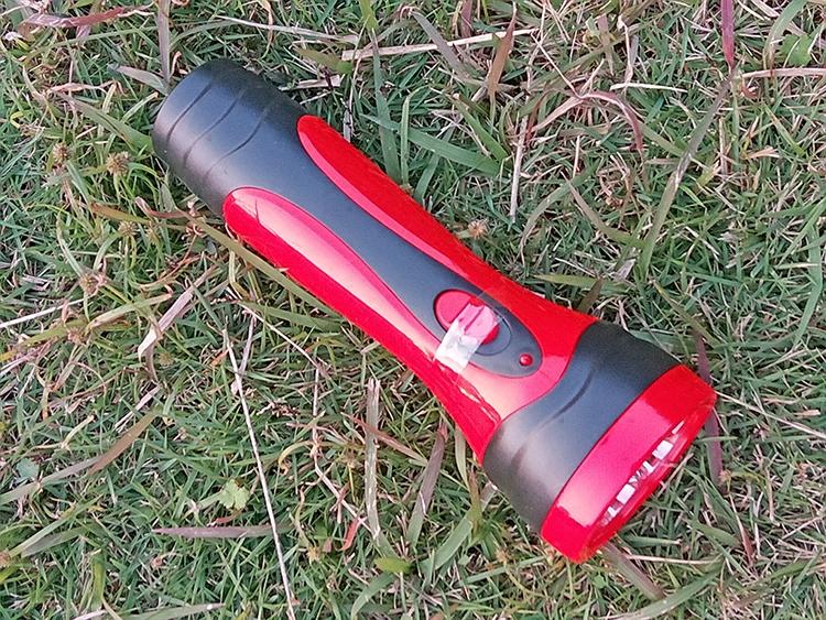 雅格led长寿命充电式手电筒应急灯强光节能高亮专卖省电3260