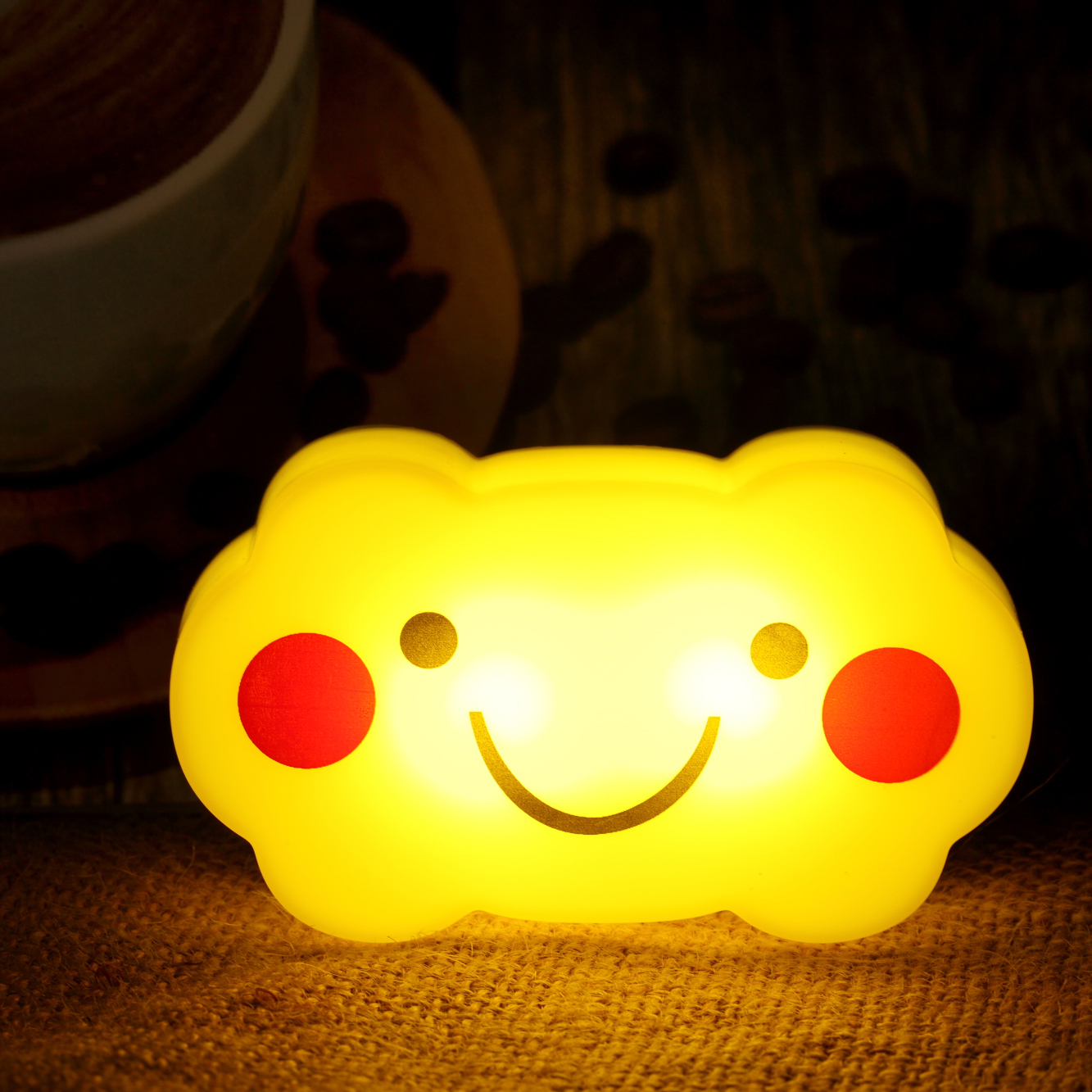 Sensor power generation cute cloud LED night light for kids
