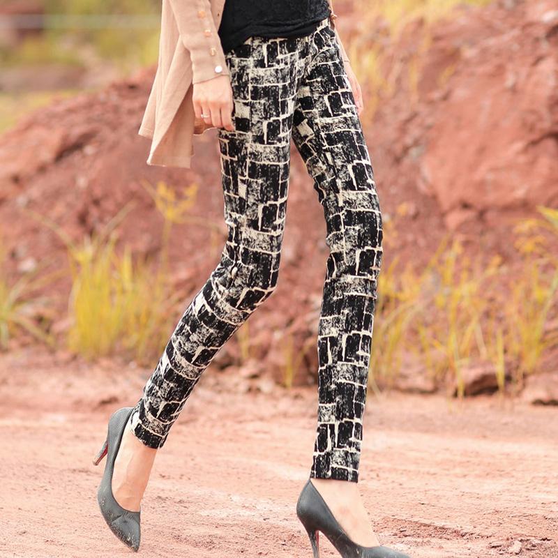 一条小脚裤搞定所有搭配,百搭时髦更显瘦