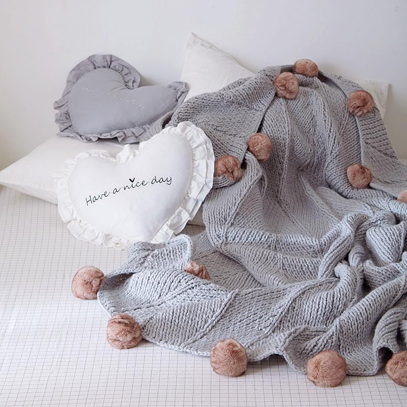 ins爆款北欧针织毛球毯摄影道具样板房装饰毯空调毯沙发毯盖毯