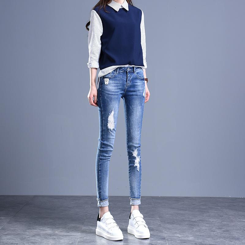 时尚百搭的女牛仔裤,开春的必备单品之一