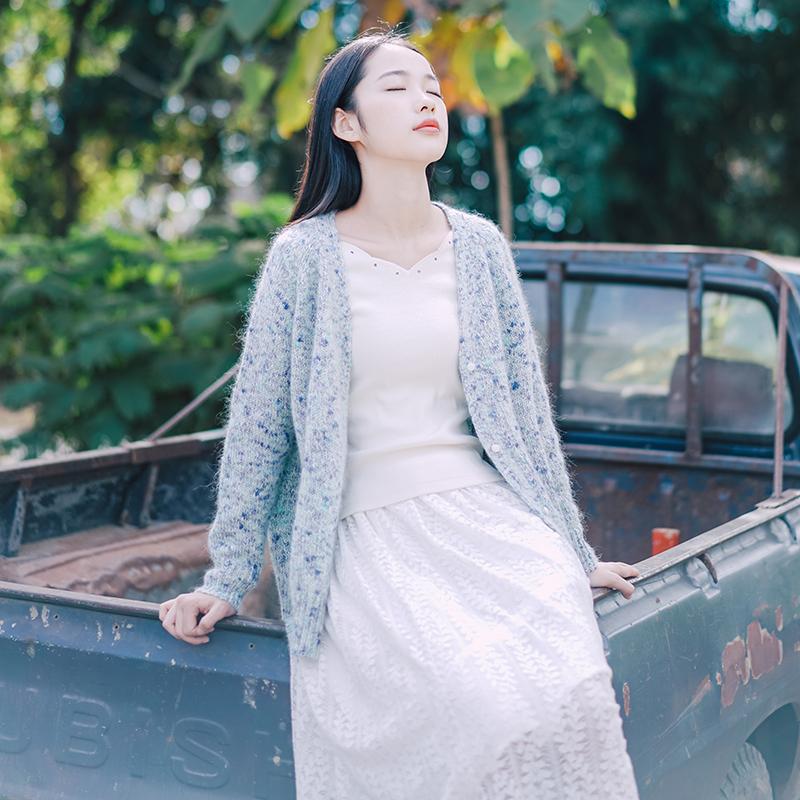 慵懒针织开衫 穿出气质女神