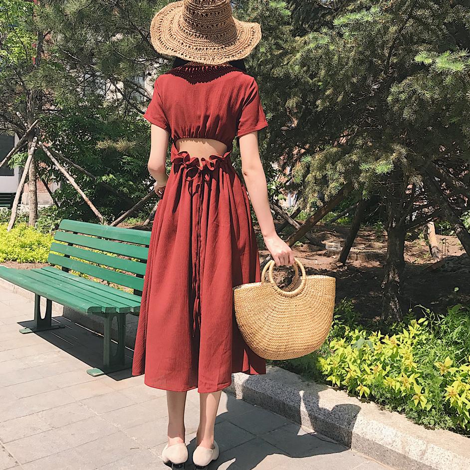 2018新款港味复古chic风气质V领抽绳荷叶边连衣裙纯色百搭中长裙
