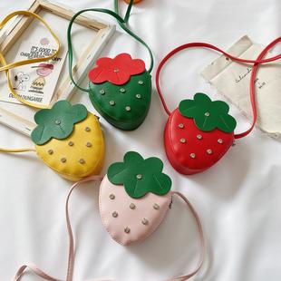 儿童小包包草莓链条斜挎包宝宝可爱小女孩零钱包配饰水果单肩包潮