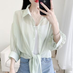 薄款百搭防晒衬衫女夏季蝙蝠开衫短款雪纺空调衫外搭小披肩学生潮