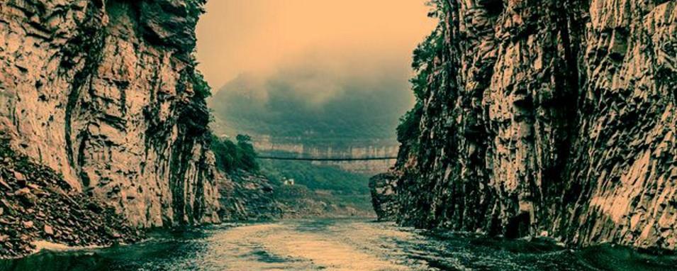 五月邯郸行,看漫漫山湖色,闻悠悠千古情