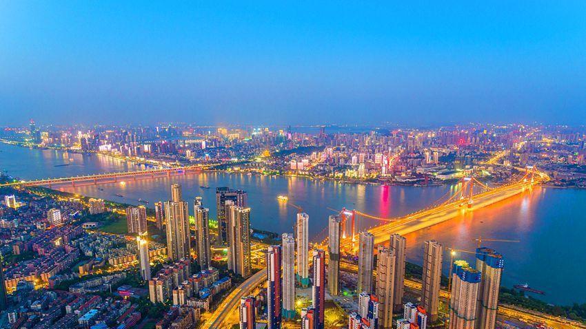 湖北各城市经济揭露, 黄冈,恩施最穷, 武汉,宜昌最富