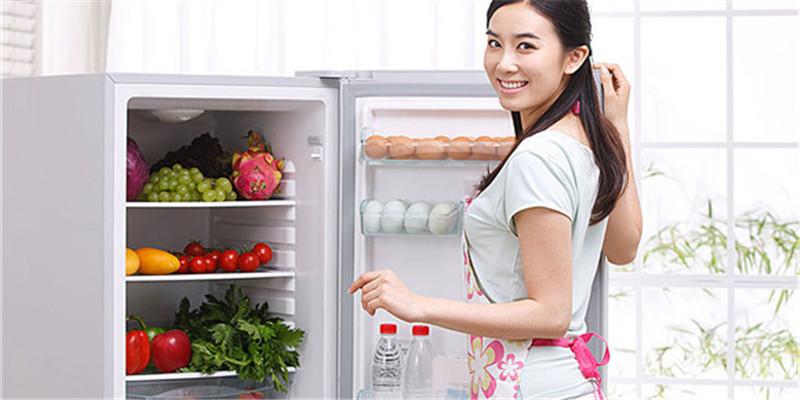 尚年轻为什么微波炉是右开门而冰箱是左开门呢