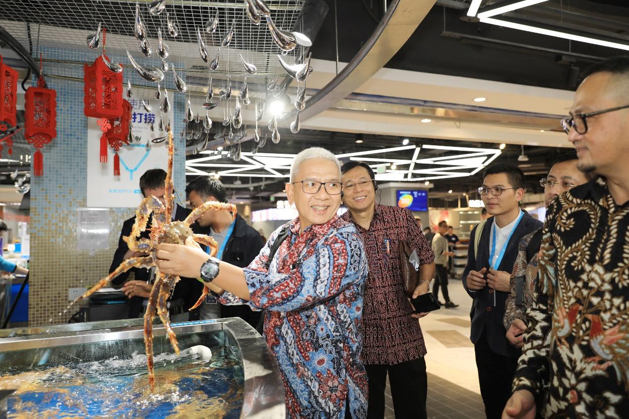 印尼官员组团游盒马:寻路新零售