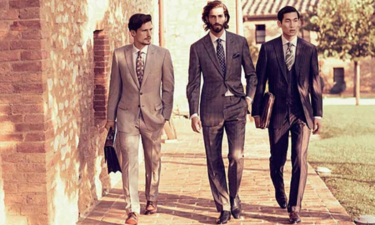 熟男必备西装,轻松提升男人味