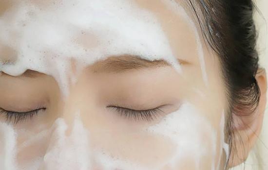 你的皮肤为啥脆弱敏感,原来都是因为它