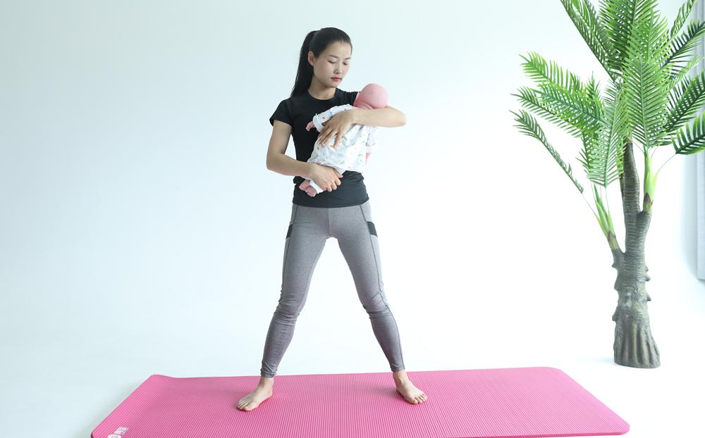"""产后瘦身?""""带娃瑜伽""""了解一下!"""