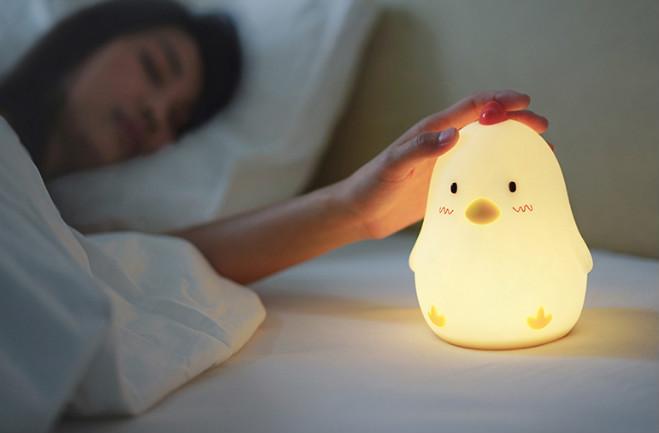 构成床边小夜灯点亮每一夜的故事