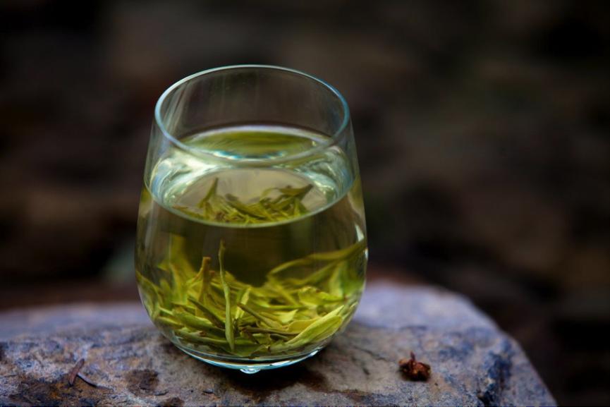 春茶要来不是所有的龙井都能叫西