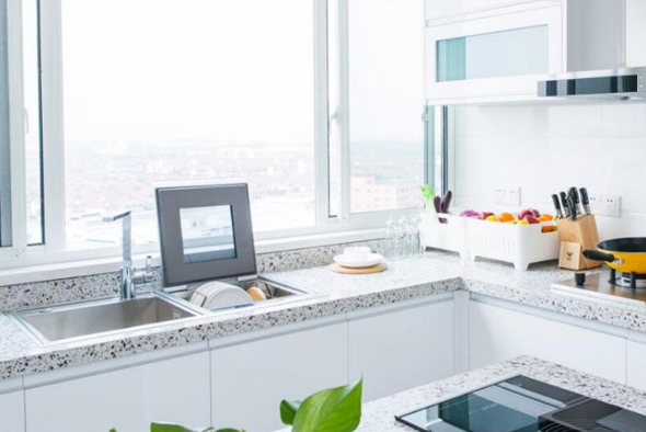 厨房黑科技,方太发明会自己洗碗的水槽