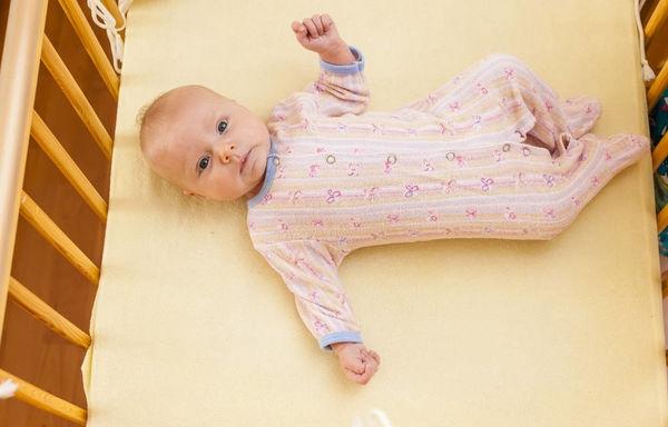 宝宝出生后,分床or同床,你也在纠结吗