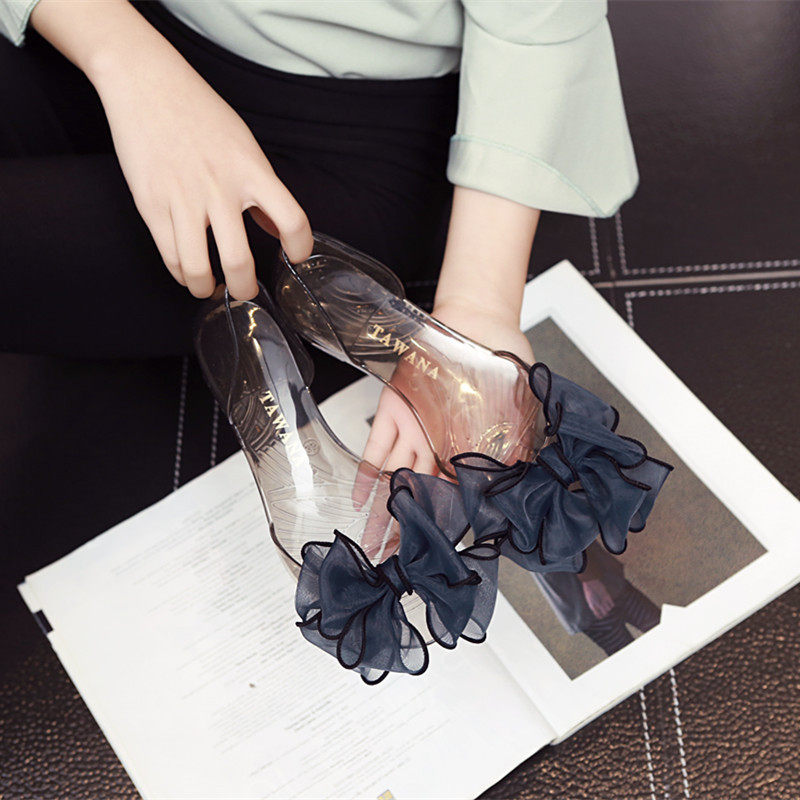 New flat bottom sandals womens summer result frozen shoes beach holiday crystal transparent plastic bag heel shoes