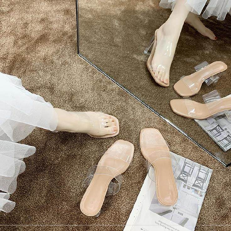 Half slipper womens new summer 2020. Beautiful womens high-heeled shoes are comfortable to wear on the outside with thick heels in summer small size