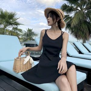 實拍 露背吊帶裙沙灘裙海邊連衣裙顯瘦女夏泰國度假打底小黑