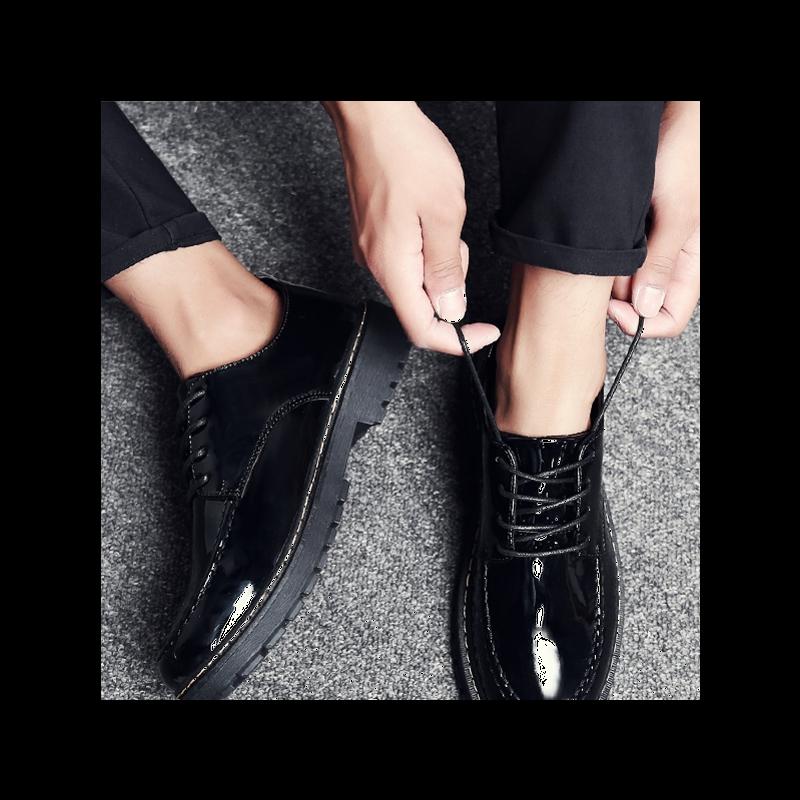 女西服裤搭配什么鞋子:女西裤配的鞋子