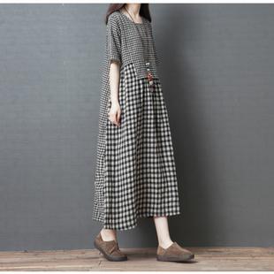 2020夏季新款韓版寬鬆大碼女裝時尚不規則拼接棉麻格子短袖連衣裙
