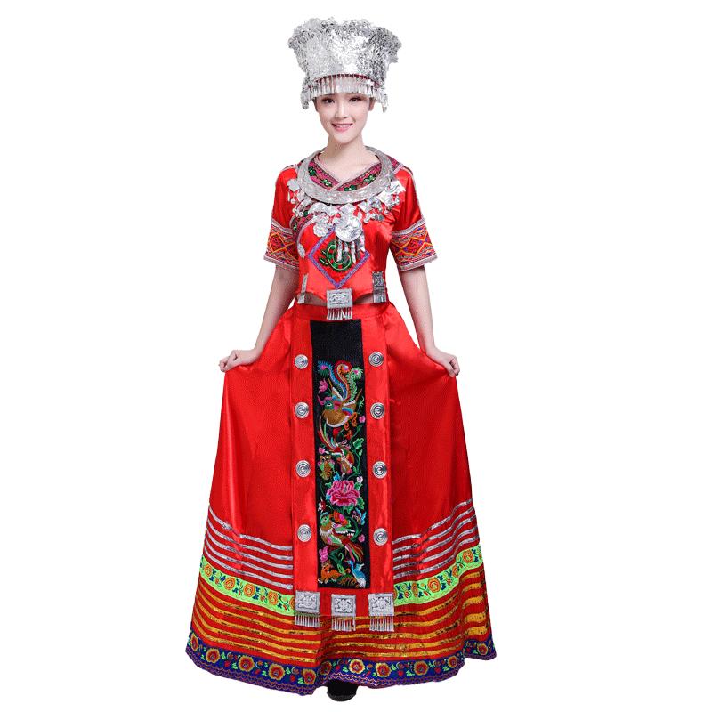 新款成人苗族演出服装云南瑶族土家族长款刺绣少数民族舞蹈服饰女