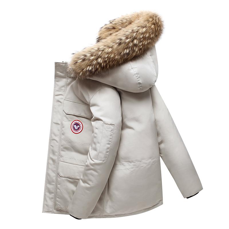 小鹅羽绒服户外加厚冬季外套时尚情侣装